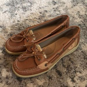 Sperry topsider shoe